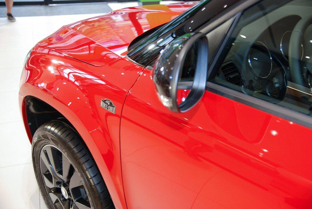 圖為 Škoda Yeti enJoy 享樂特仕車的車側 Monte Carlo 專屬銘牌。 記者林鼎智/攝影