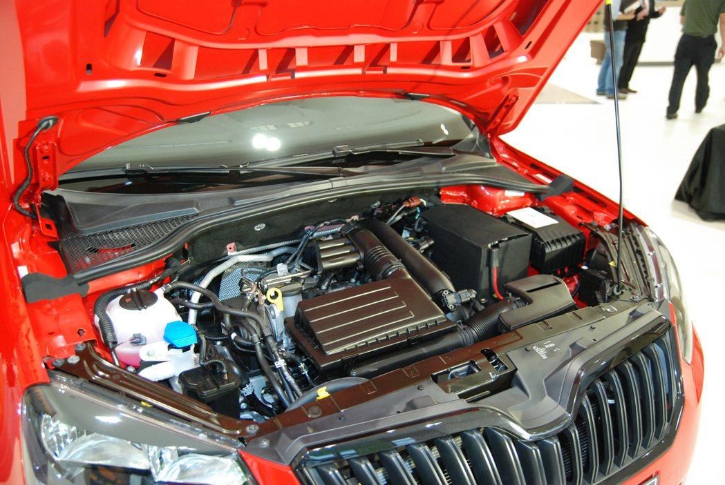 動力方面則維持原樣,採 1.2 升 TSI 汽油渦輪增壓引擎,搭配七速雙離合自手排,最大馬力為 110 匹/17.9 公斤米。 記者林鼎智/攝影