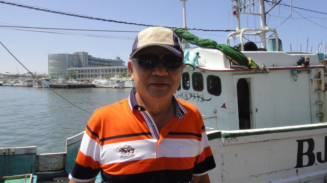 61歲的東港籍漁船德鴻發號船長李文德,首次捕獲到「第一鮪」。記者蔣繼平/攝影