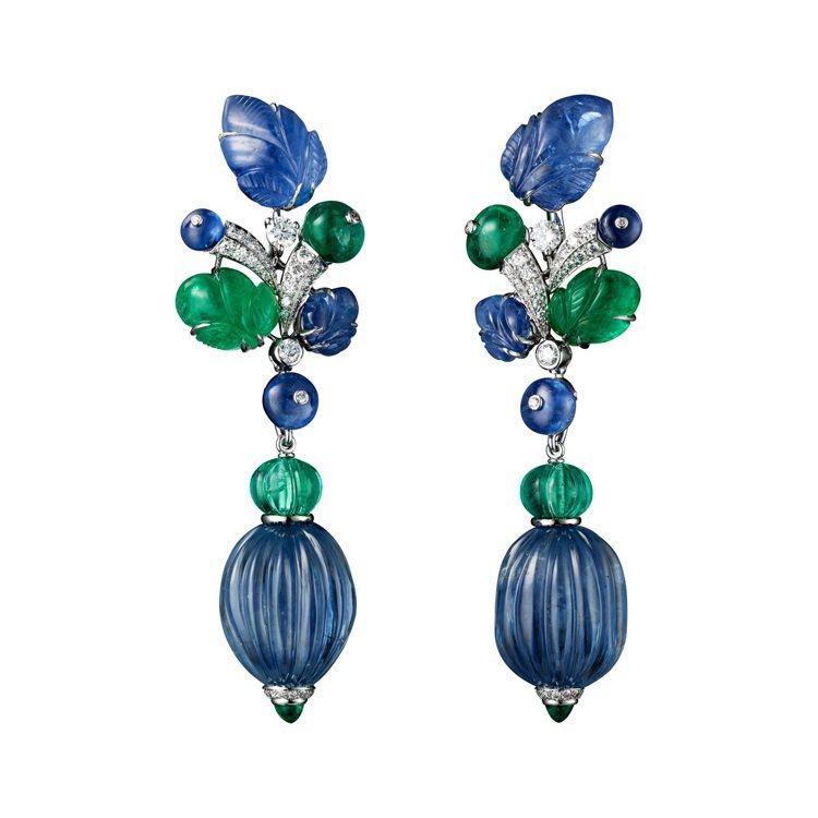 AMRITSAR 藍寶石祖母綠耳環,鉑金鑲嵌兩顆共重55.17克拉瓜形切割緬甸藍...