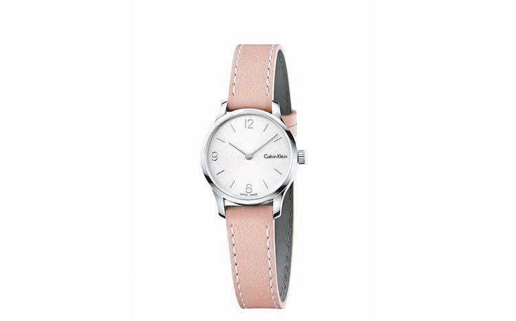 CK今年在endless系列腕表推出多顏色表帶,7,000元。 圖/業者提供、摘...