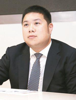 台泥國際總經理辜公怡說明台泥國際私有化計畫。 記者徐兆玄/攝影