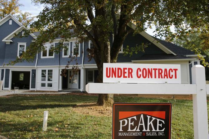 住房供應吃緊,買房者更要小心謹慎,才能購得心儀的房子。(路透)