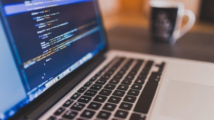印度軟體工程師人才全球知名,但最近一份調查報告卻顯示,只有不到5%的印度資訊科技...