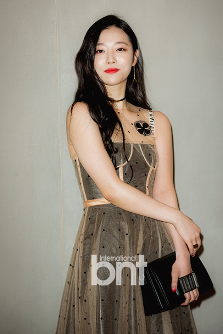 韓國女星雪莉。圖/BNT提供