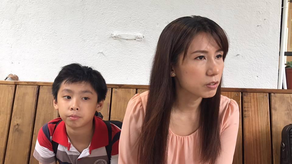 張玉玲和兒子小錡。記者梅衍儂/攝影