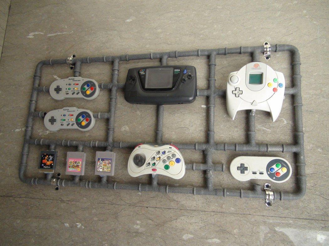 台中天成文旅「回行旅」走文創及童趣設計路線,擺設早期的電動遊戲。記者余采瀅/攝影