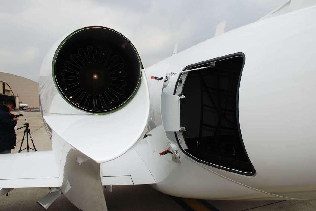 因為引擎移至機翼,所以行李箱空間變大。記者林昱丞/攝影