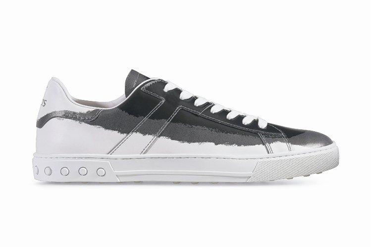 TOD'S暈染刷色繫帶板鞋,25,200元。 圖/迪生提供