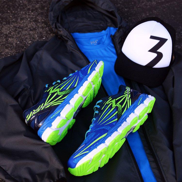 361°跑鞋361-SENATION 2榮獲「跑者世界年度最佳新品」獎,是在台灣...