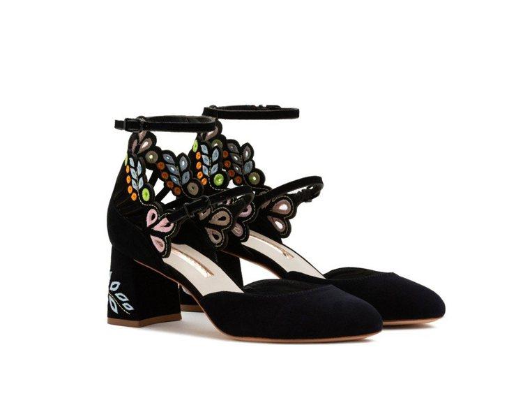 SOPHIA WEBSTER底花刺繡瑪麗珍鞋,售價18,880元。圖/初衣食午提...