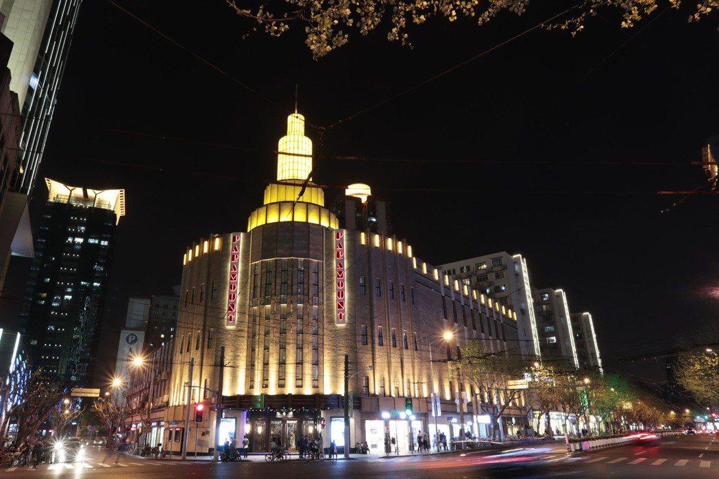 百樂門的建築外立面已全面恢復,尋回了1930年代的輝煌。 (中新社)