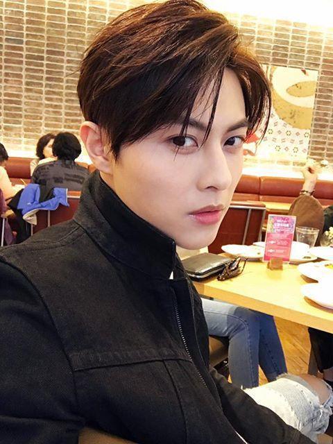 王子日前赴廣州辦生日會。圖/摘自王子臉書