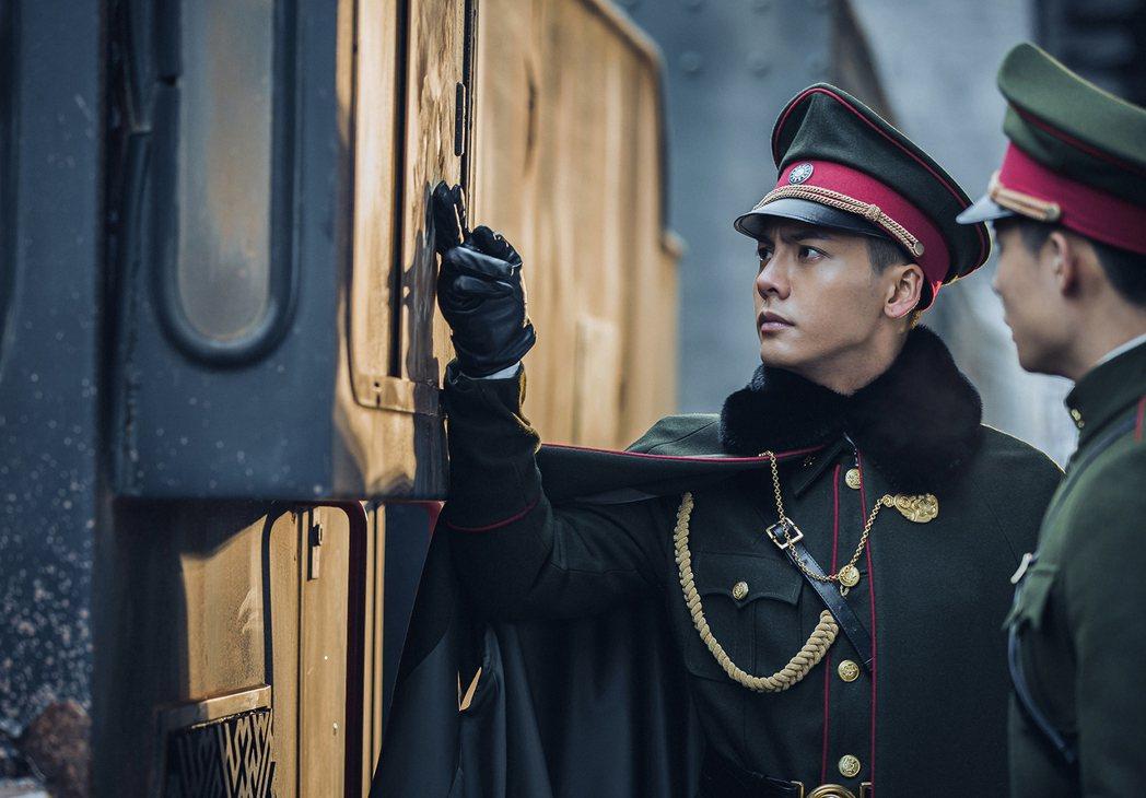 陳偉霆在「老九門」劇中霸氣酷帥,迷倒不少粉絲。圖/中視提供