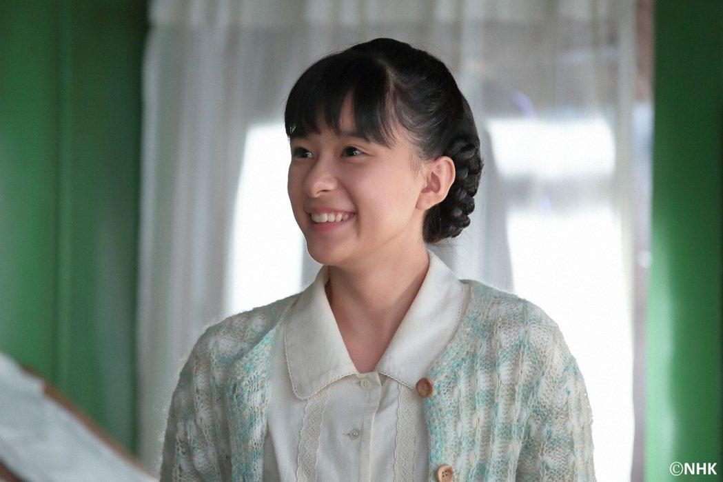 芳根京子演出「童裝小姐」擔任女主角大任。圖/緯來日本台提供