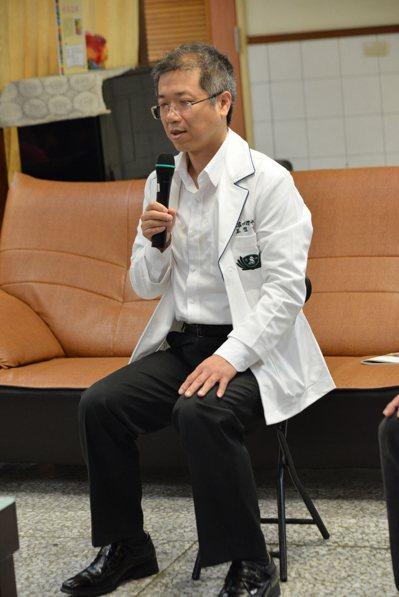 癌友、家屬壓力大,大林慈濟醫院表示正念有助於減壓。記者謝恩得/攝影