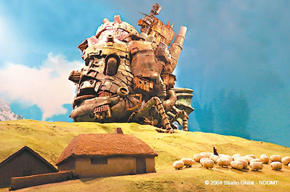 「吉卜力的動畫世界」特展經典場景「霍爾的移動城堡」。 圖/聯合數位文創提供