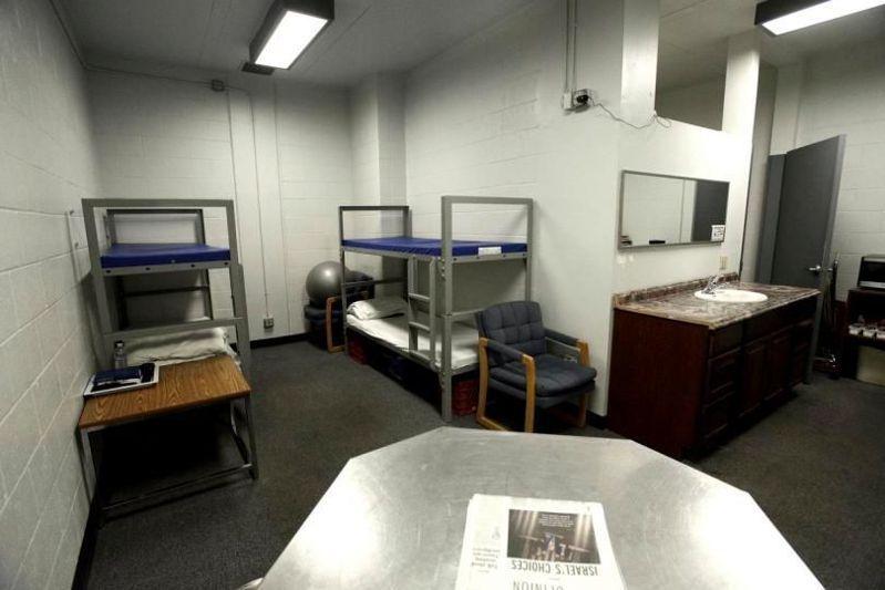 每晚付3100元 囚犯過得比你還舒服
