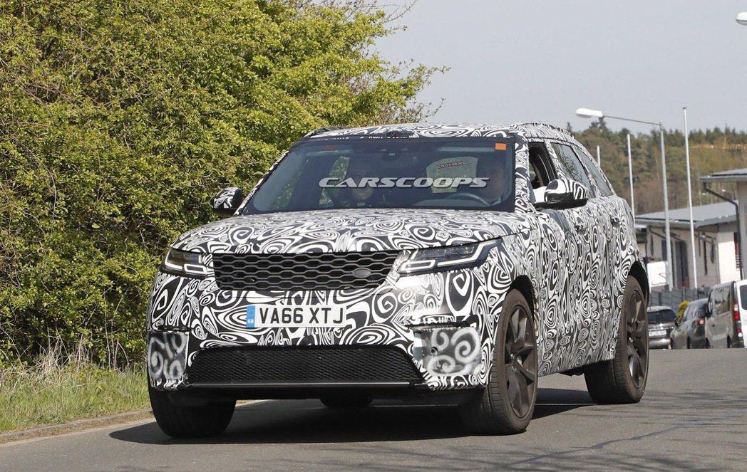 Range Rover Velar SVR在紐柏林附近被捕獲。圖/摘自carsc...