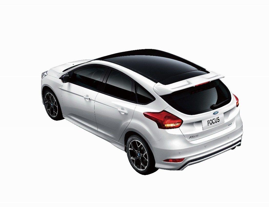福特六和推出限量款「Ford Focus黑潮焦點版」,將於5月4日發表。 圖/福...