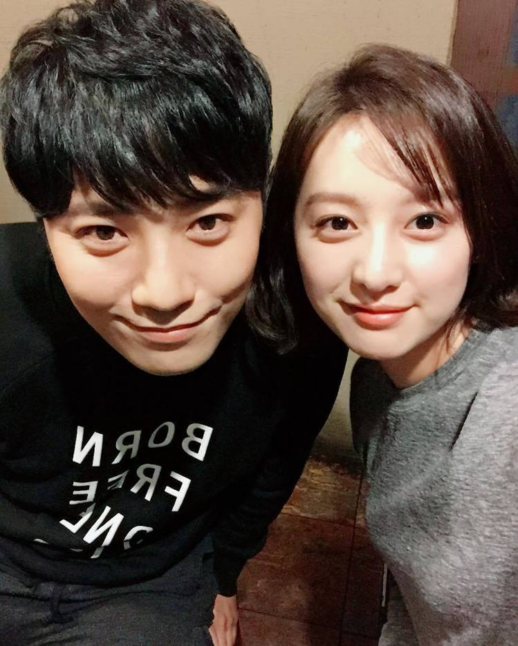 金智媛與晉久合演的韓劇《太陽的後裔》播出時引起廣大迴響。圖/擷自instagra...