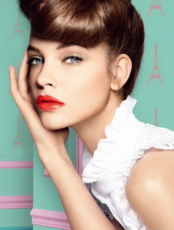 巴黎萊雅花漾誘色水唇膏的色彩以法國10大花卉為靈感。圖/巴黎萊雅提供