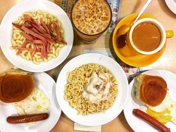 檀島咖啡餅店經典的港式早餐。圖/摘自IG:ieatsleepplay