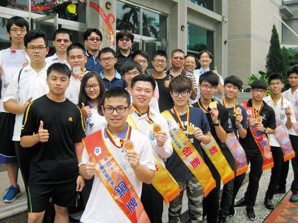 台灣當前的技職狀況是處在甚麼樣的境界?國際競賽的好表現能代表整體技職人才素質與環...