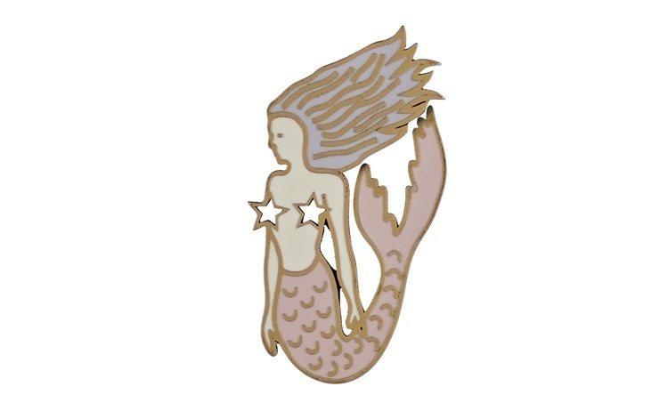 My Lady Dior Star美人魚幸運徽章,售價1,300元。圖/DIOR...