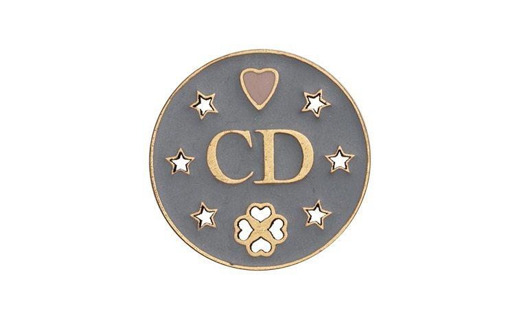 My Lady Dior Star CD字母幸運徽章,售價1,300元。圖/DI...