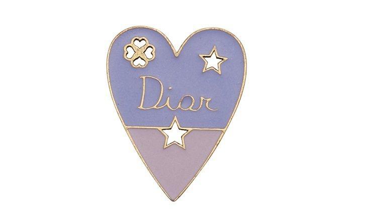 My Lady Dior Star愛心幸運徽章,售價1,300元。圖/DIOR提...