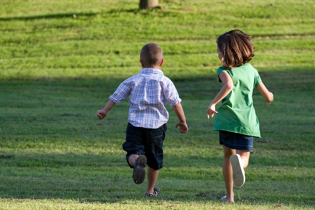 研究顯示,適合的足墊可以提升身體穩定性、減低足踝受傷風險,讓孩童更願意運動,且能...