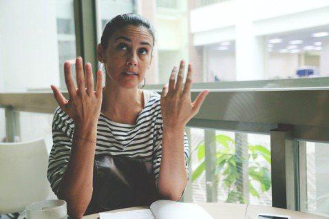 季茱莉 © 林齊晧茱莉說,法國當然需要改革,沒有人說不該改革,但歐蘭德的改革方案...