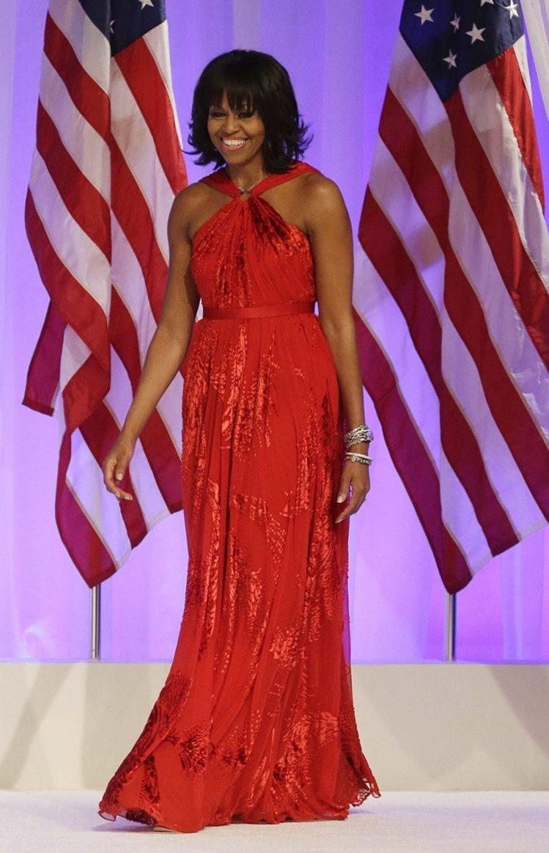 蜜雪兒歐巴馬在總統就職典禮上穿著吳季剛JASON WU設計的禮服。圖/美聯社