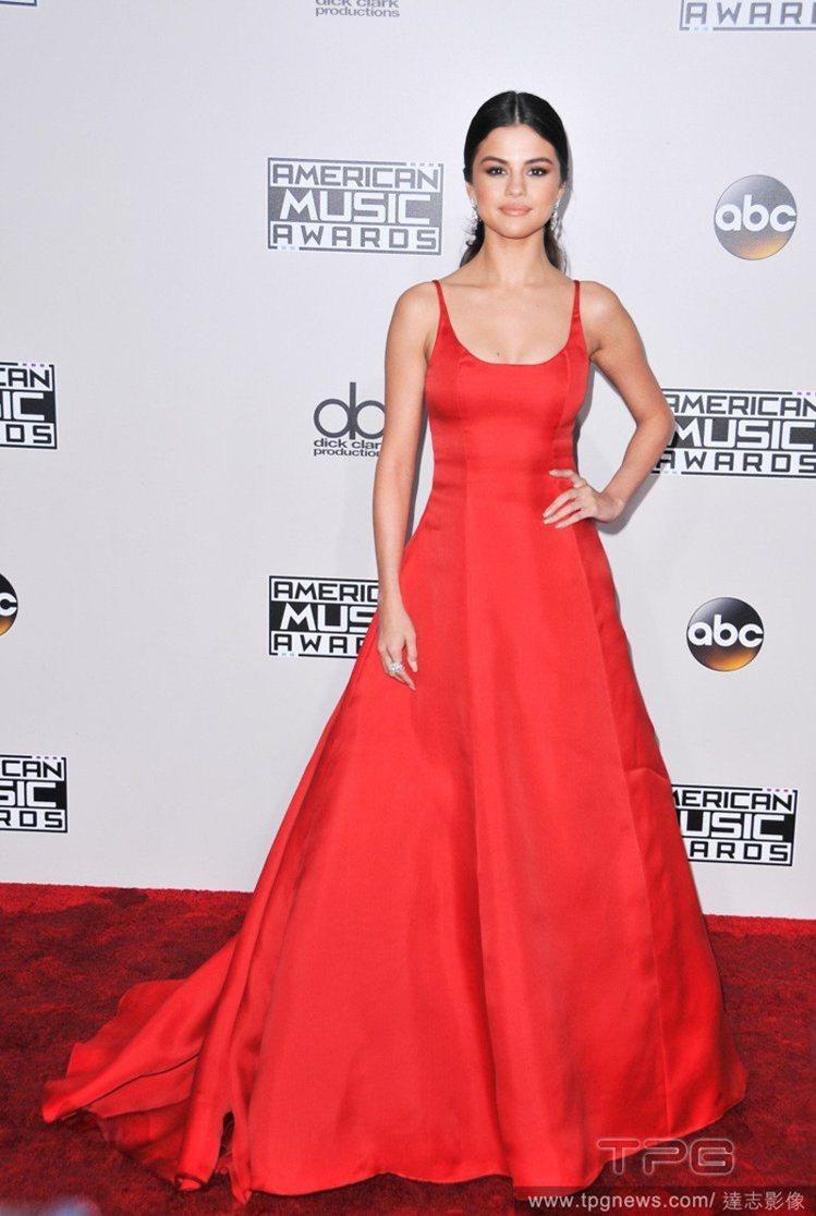 小天后席琳娜戈梅茲(Selena Gomez)。圖/擷自pinterest