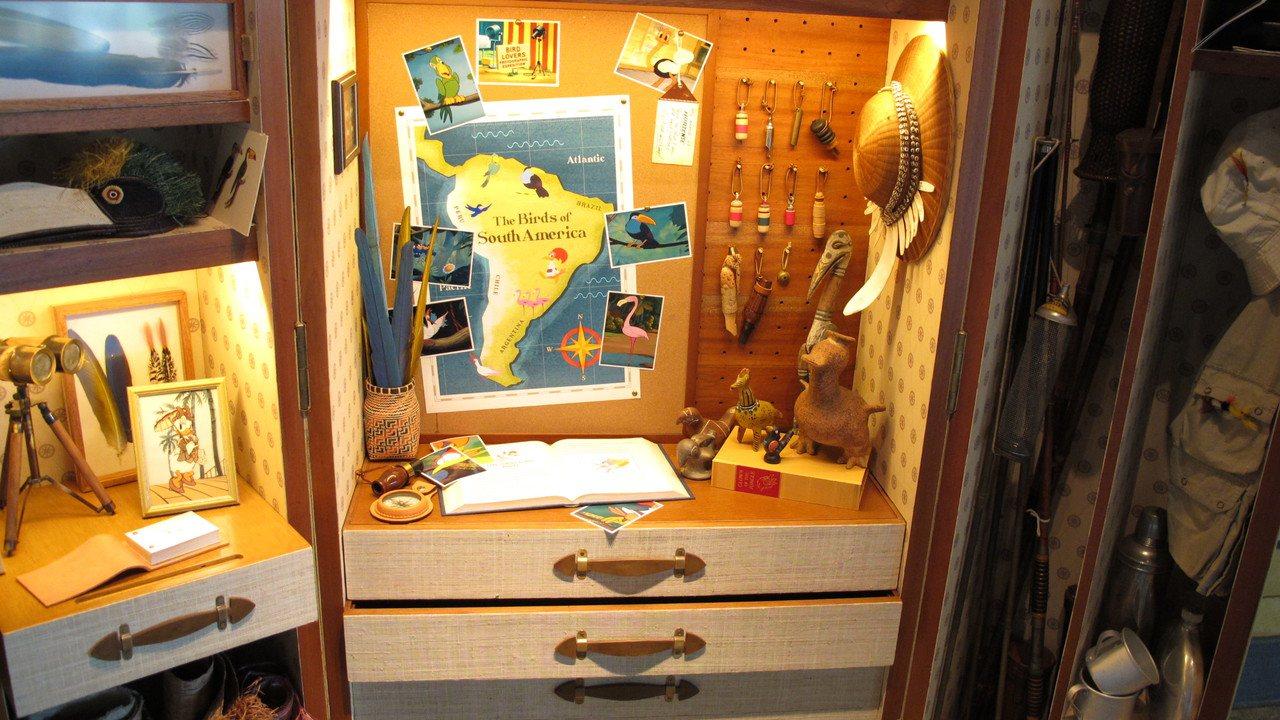 迪士尼探索家度假酒店的特製行李箱陳設。記者曾楹純/攝影