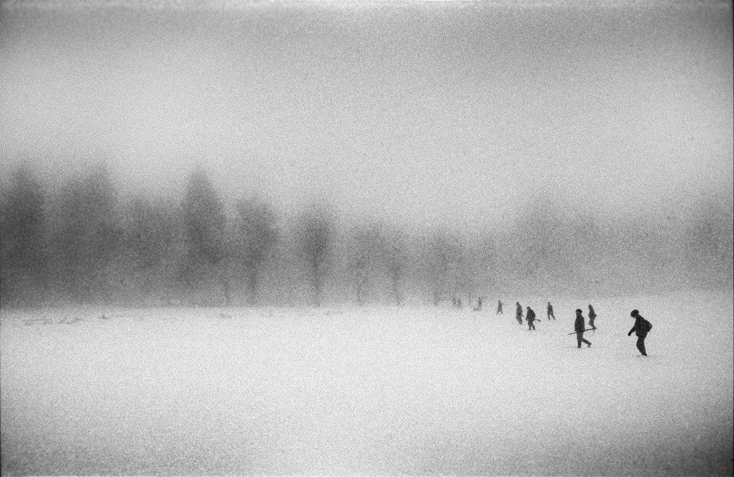 《遠方的獵人/Hunters from Afar》© 張雍 Simon Chan