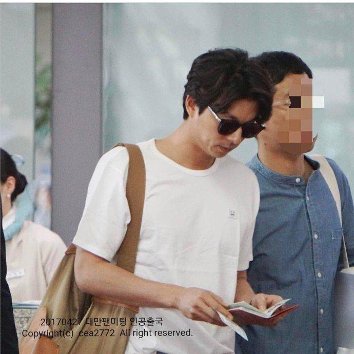 孔劉稍早現身韓國仁川機場。圖/摘自孔劉百度貼吧微博