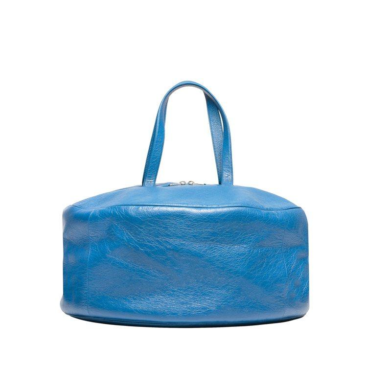 Air Hobo包讓人聯想起舒服的「摩洛哥坐墊」。Air Hobo大型藍色小羊皮...