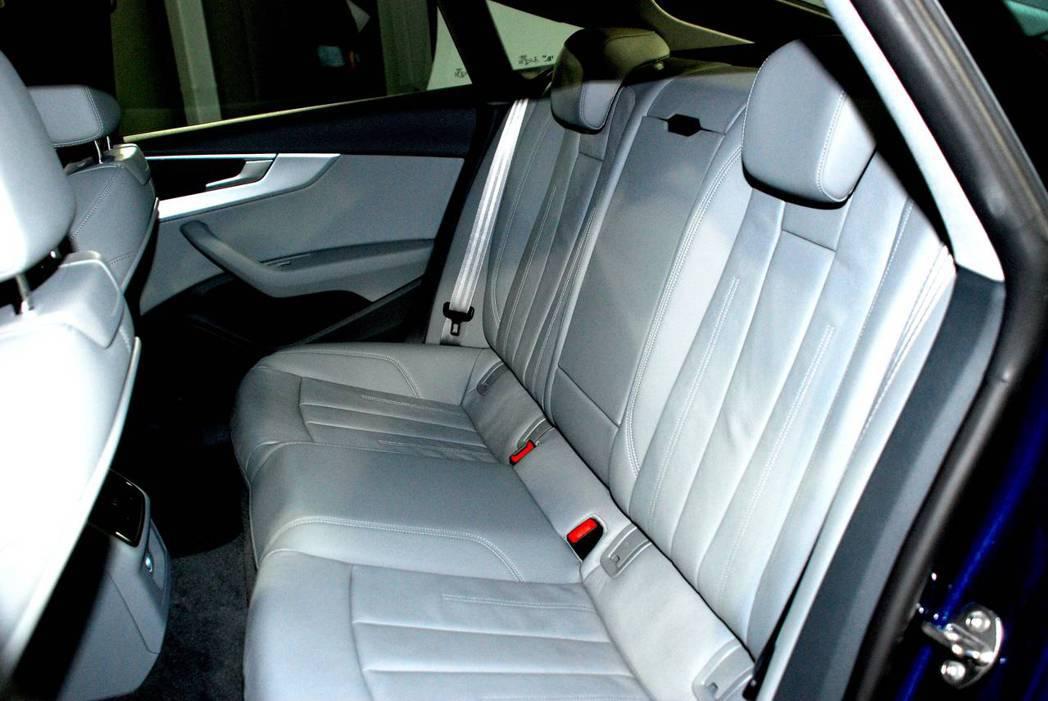 受惠於軸距增加,新世代Audi A5 Sportback Sport更加寬敞。圖/記者林昱丞攝影