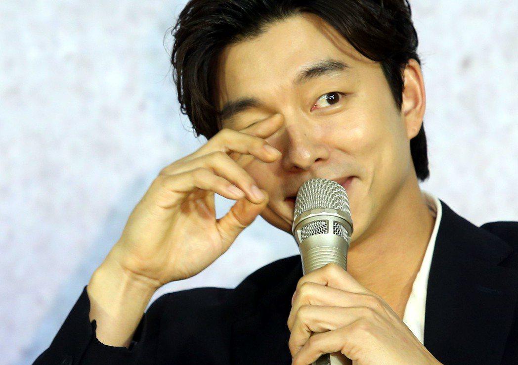 韓星孔劉來台記者會,有問必答,表情率真,展現親切作風。記者林俊良/攝影
