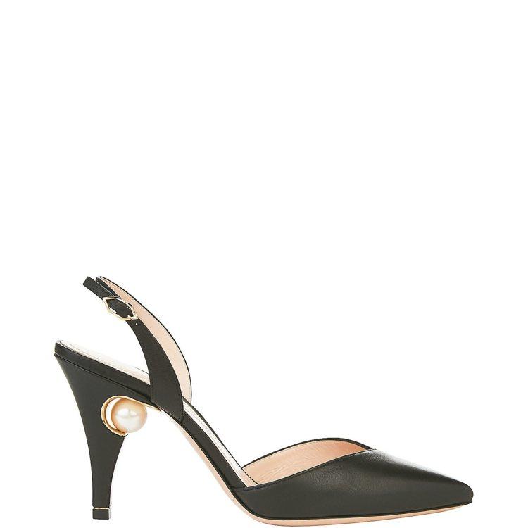 Nicholas Kirkwood珍珠高跟鞋,售價29,900元。 圖/MINO...