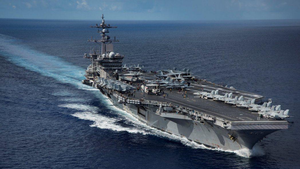 美國航母卡爾文森號。(路透)