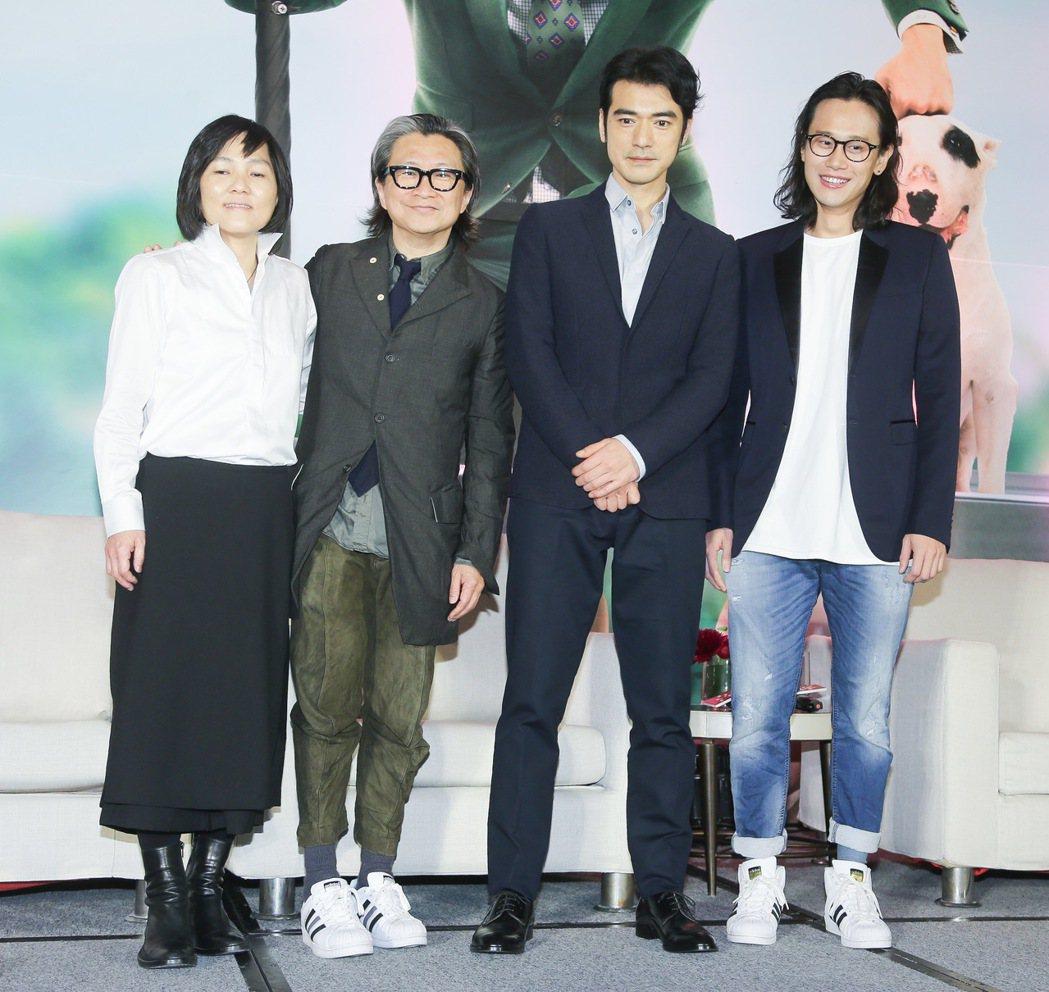金城武(右二)、監製陳可辛(左二)、許月珍(左)、導演許宏宇(右)今天下午出席電...