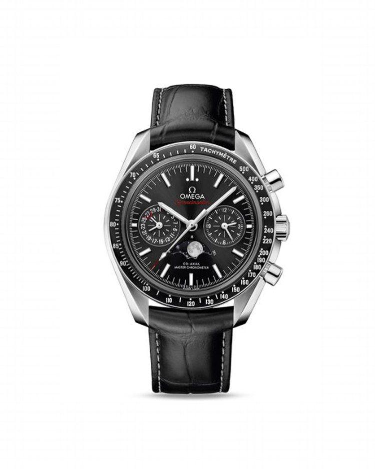 喬治庫隆尼佩戴歐米茄超霸月相44.25毫米大師天文台計時腕表,不鏽鋼表殼具備液態...