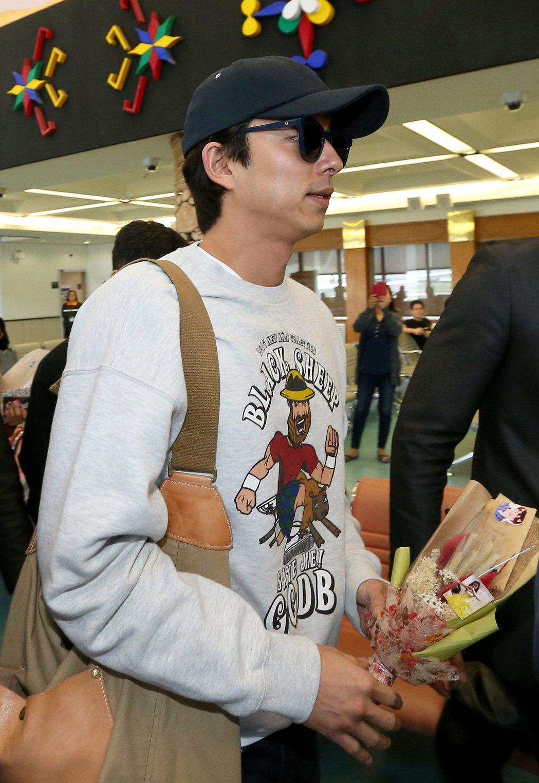 南韓藝人孔劉30日下午搭機離台。記者陳嘉寧/攝影
