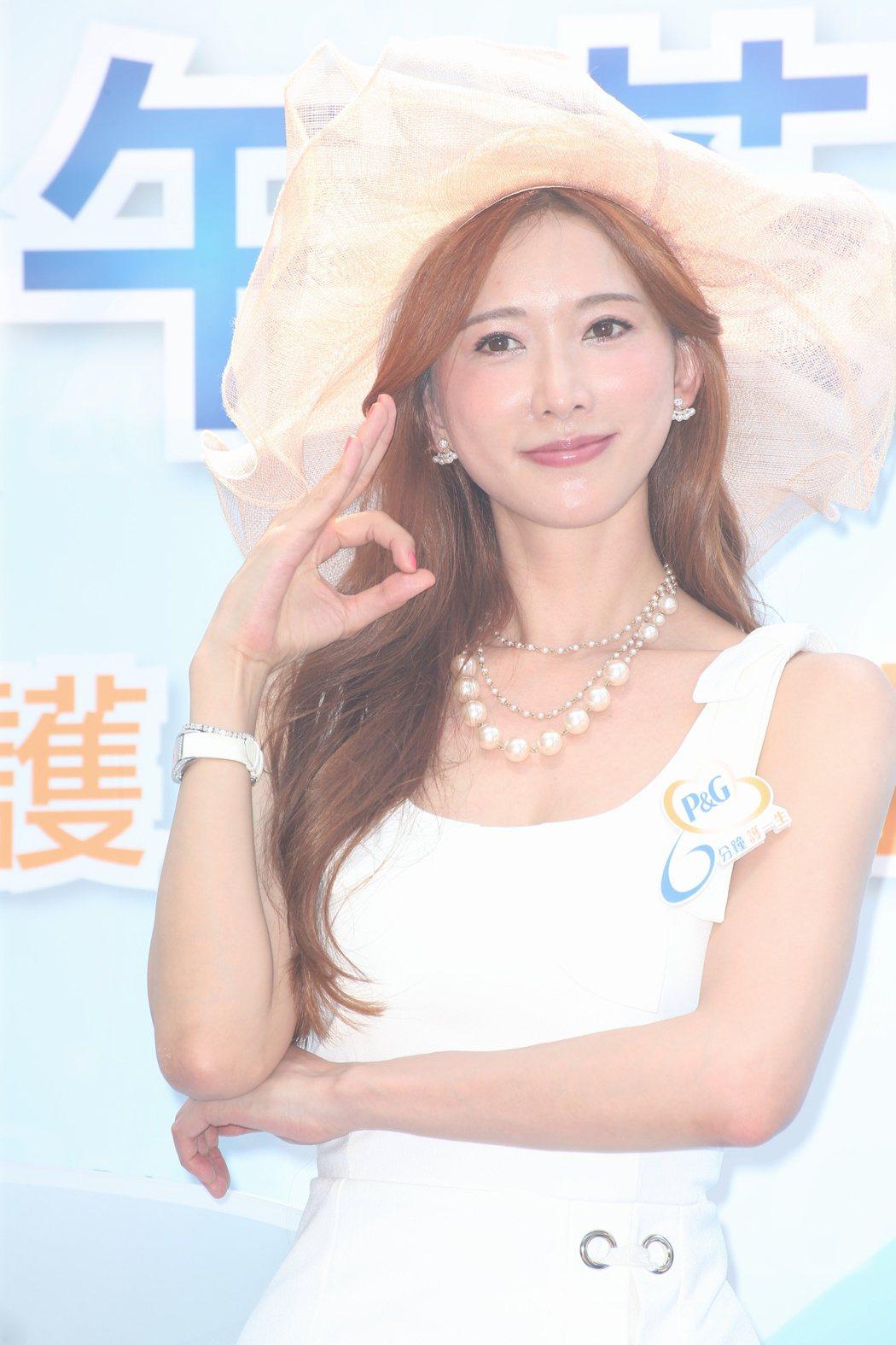林志玲出席P&G六分鐘護一生公主午茶開幕。記者陳立凱/攝影