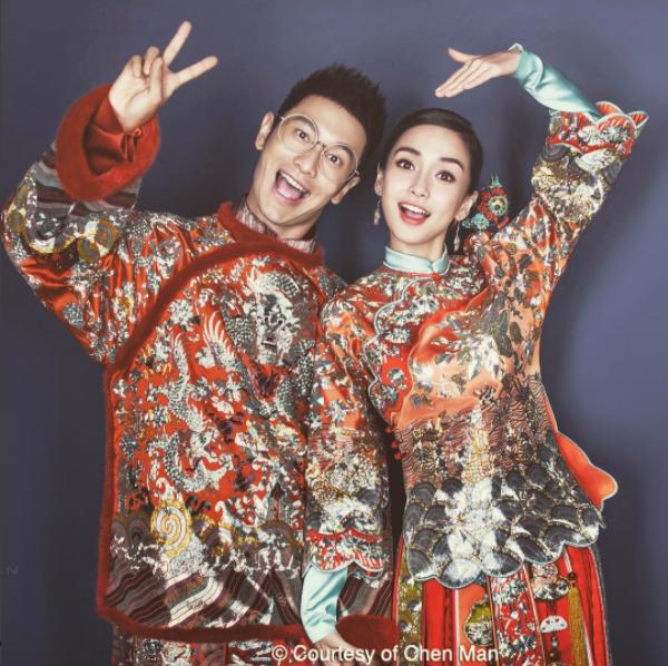 大陸知名攝影師陳漫30日在IG上貼出男星黃曉明與妻子女星Angelababy的中...