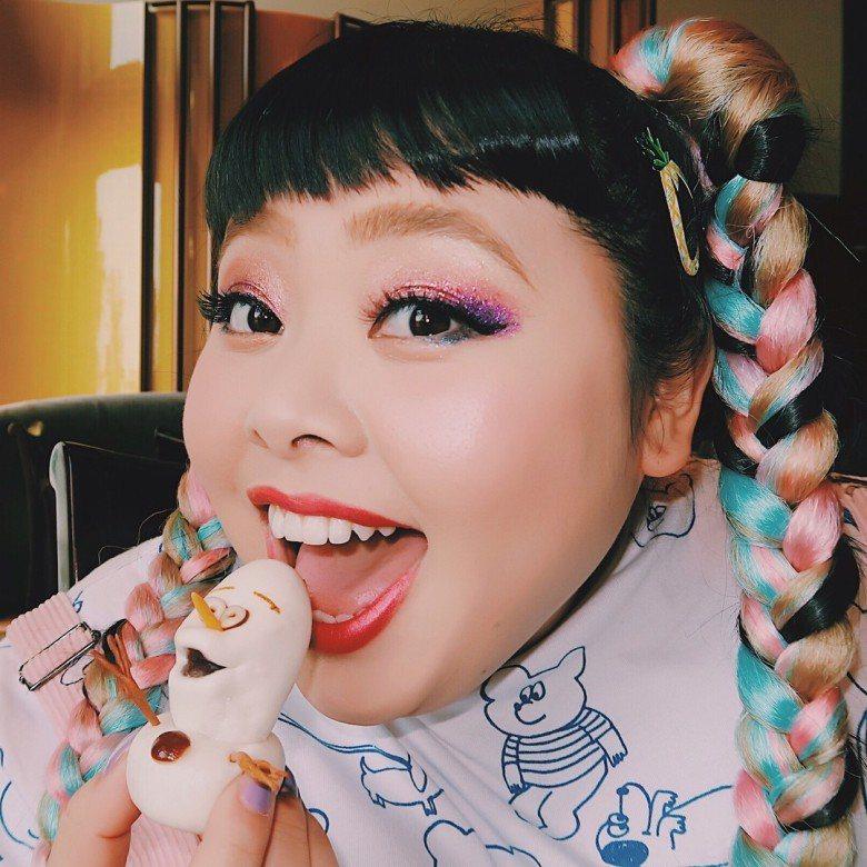 渡邊直美今在香港錄影。圖/摘自IG