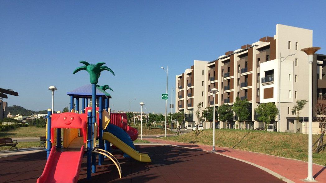 大埔重劃區內科專五路公園綠地。 業者/提供